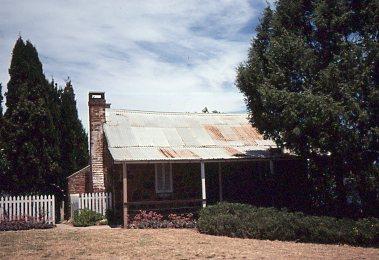 19771200_SL_Canberra003