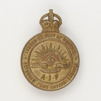 AWM_WW1 discharged returned soldier's badge