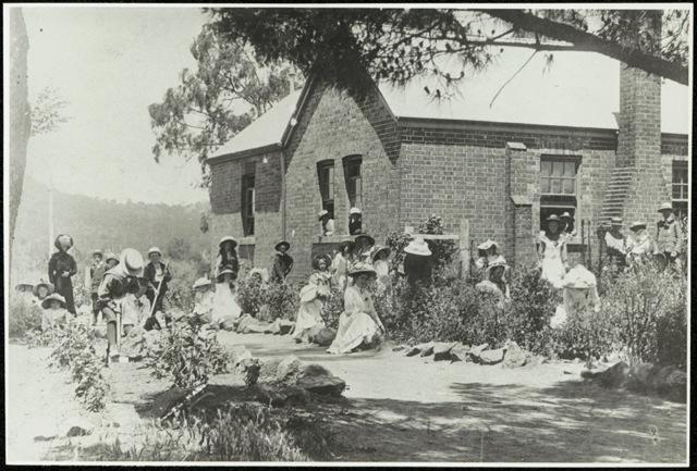 SRNSW_Bowning School 1900