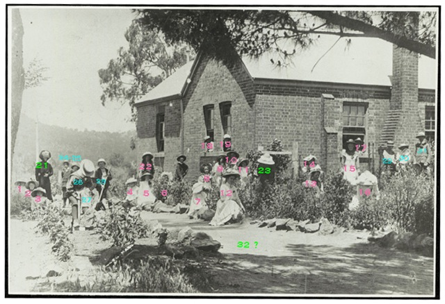 SRNSW_Bowning School c.1900_32 people